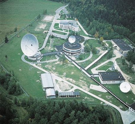 Image result for ośrodek łączności satelitarnej w górach świętokrzyskich