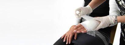 Postępowanie w złamaniach kości i zwichnięciach stawów